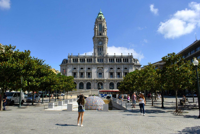 Praca da Liberdade in Porto