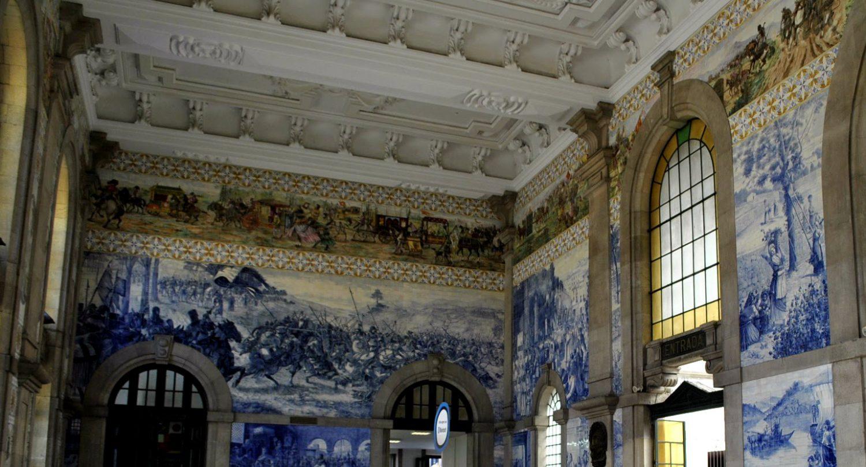 Sao Bento Station tilework, Porto, Portugal