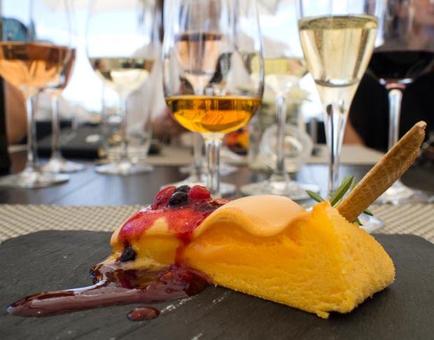 Pao de lo - a Portuguese sponge cake, that's heavenly fluffy