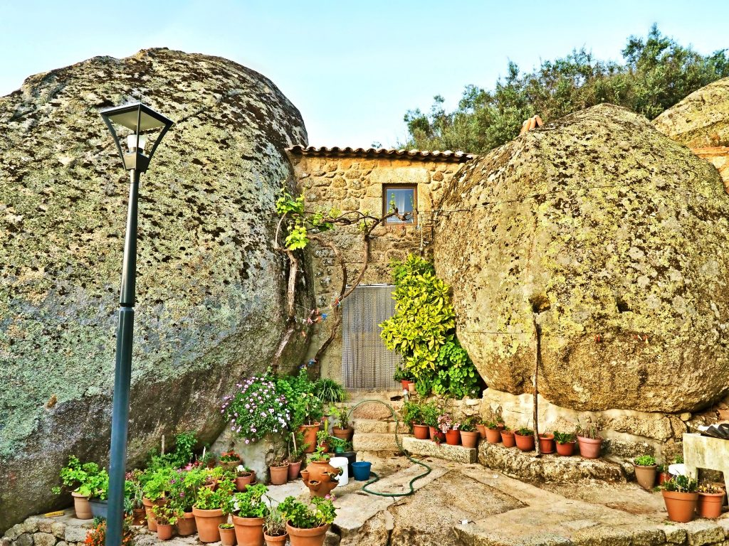 Giant boulders in Monsanto village