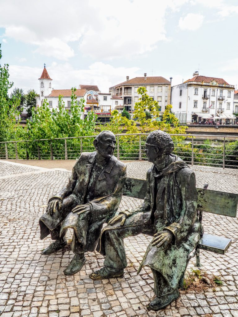 Statue of two old man
