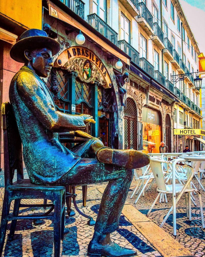 25 Best Things to Do in Lisbon - A Brasileira