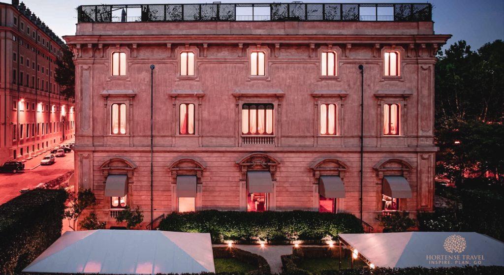 A luxurious hotel bulding in Rome - Villa Spalletti Trivelli Dimora d'Epoca